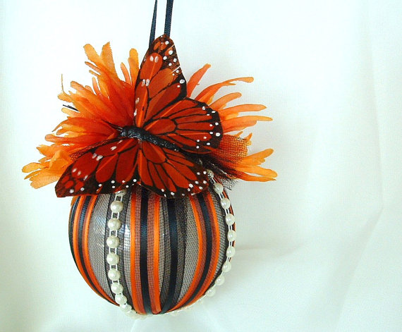 Butterfly , 8 Monarch Butterfly Gift Items : Monarch Butterfly Christmas Wedding Ornament