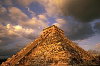 Chichen Itza Mexico , 6 Chitzen Itza Portraits In Environment Category